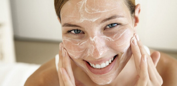 Best Anti Wrinkle Creams For Facial Creases